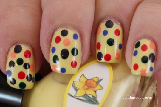 Put Me In The Zoo Polka Dot Nail Art