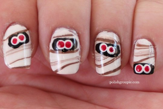 Mummy water marble Halloween nail art