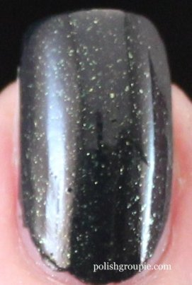 OPI Skyfall Collection: Live And Let DIe