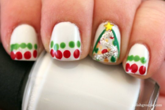 \Christmas Nail Art: Christmas Trees