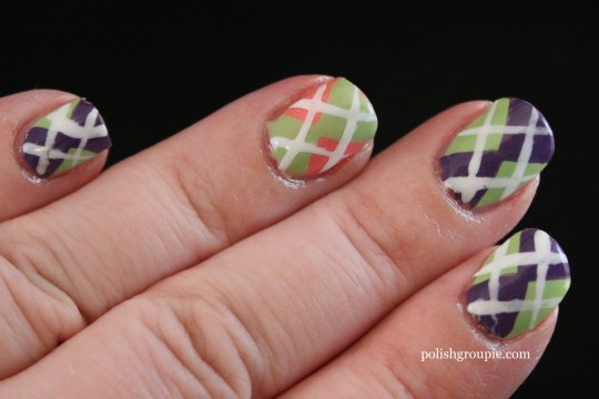Argyle Pattern Nail Art