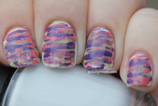 fan brush striped nail art